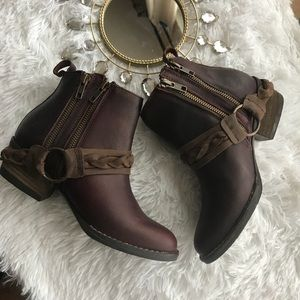 NEW💞 Gorgeous Western Style Leather Boots